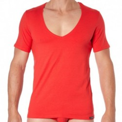 Essential V-Neck T-Shirt - Red